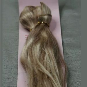 Full shine Remy blonde clip in extensions